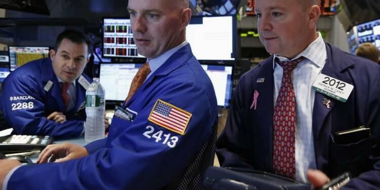 Wall Street évolue peu dans les premiers échanges