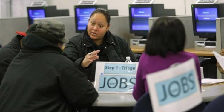 Les inscriptions au chômage aux États-Unis au plus bas en 7 ans