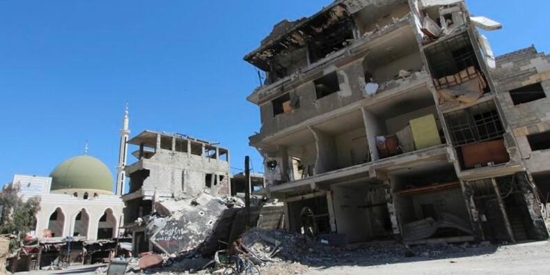 """Fabius évoque des """"indications"""" d'attaques chimiques en Syrie"""