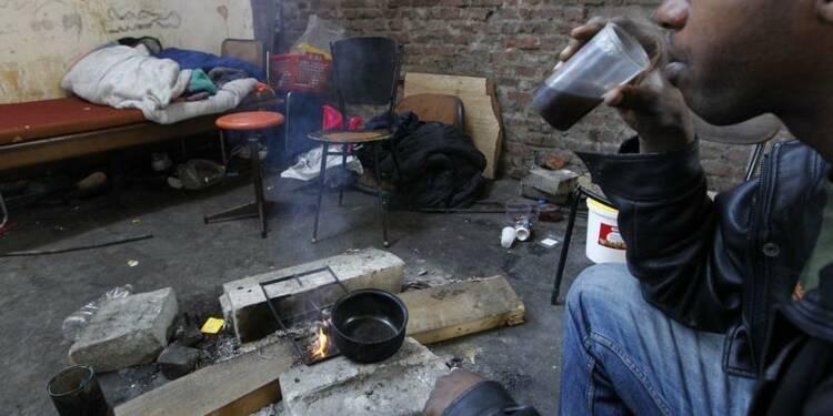 La maire de Calais appelle à signaler les squatteurs