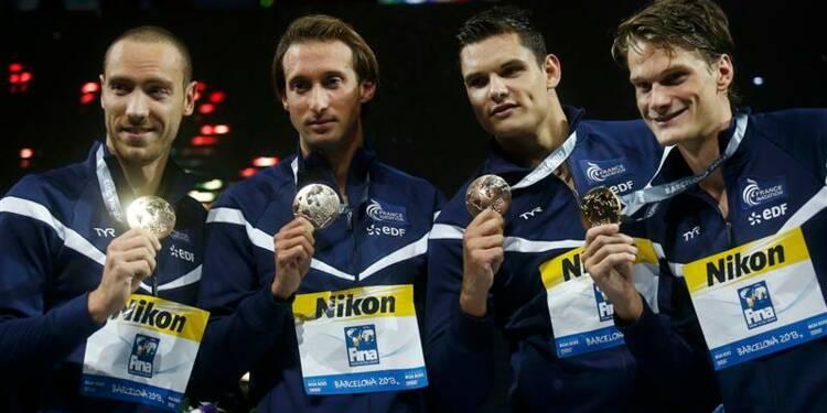 Natation: les Français décrochent enfin l'or mondial en 4x100