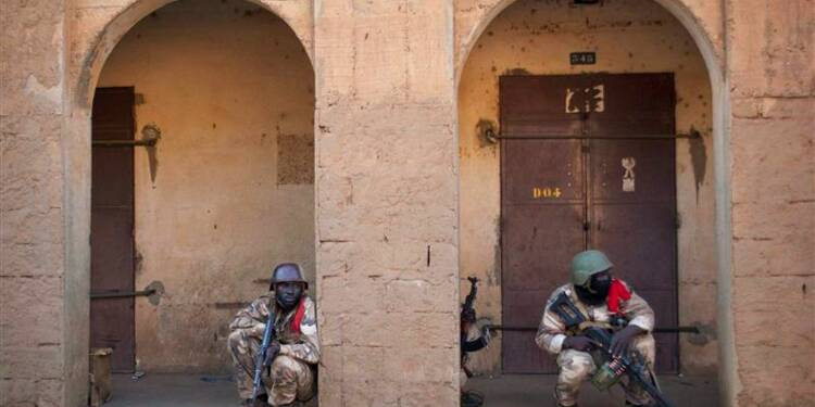 Français et Maliens renforcent leurs positions à Gao