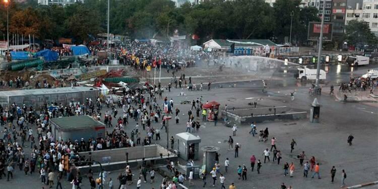 Intervention de la police turque dans le parc Gezi d'Istanbul
