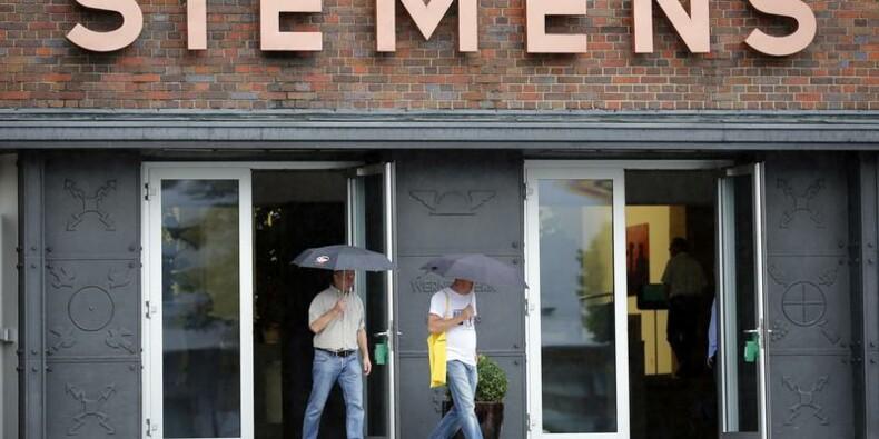 Charges en baisses et économies dopent le résultat de Siemens