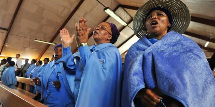 L'Afrique du Sud unie dans la prière pour honorer Nelson Mandela