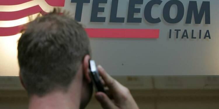Telecom Italia abaisse son objectif de bénéfice courant 2013