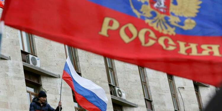 Des pro-Russes au siège du pouvoir régional à Donetsk