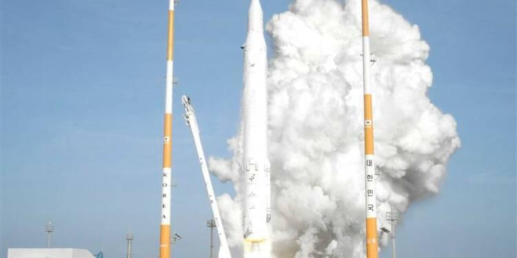 La Corée du Sud lance sa première fusée spatiale