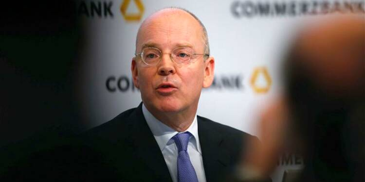 Commerzbank légèrement bénéficiaire au 4e trimestre