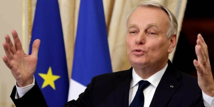 Jean-Marc Ayrault encourage l'entreprise collaborative