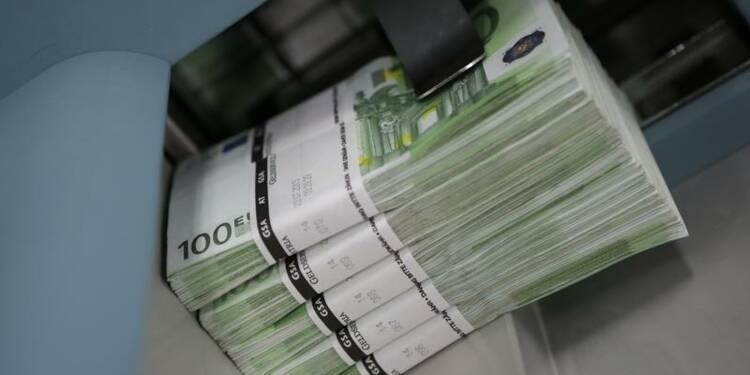 L'Italie abaisse ses prévisions mais veut contenir son déficit