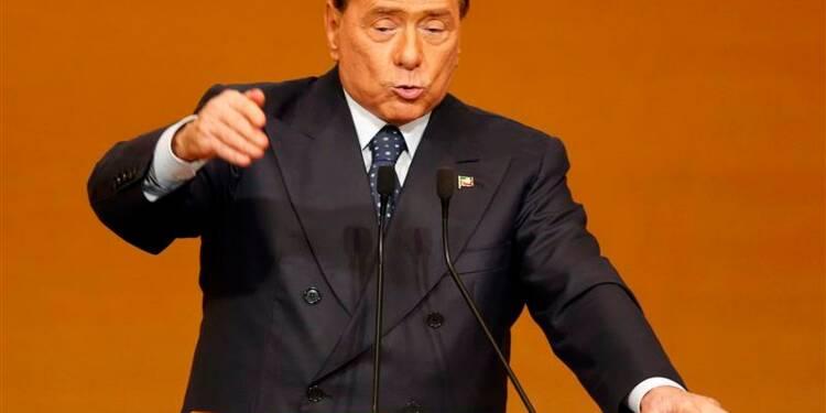 Berlusconi annonce le retrait de son soutien au gouvernement