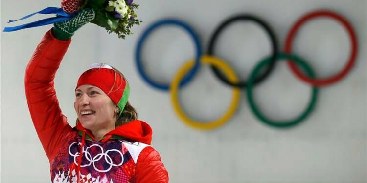 JO: une 3e médaille d'or pour la biathlète biélorusse Domracheva