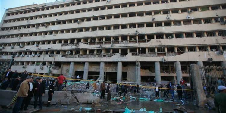 Attentat suicide contre le QG de la police au Caire