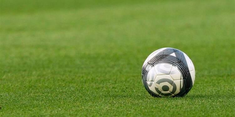 Football: grève des clubs fin novembre contre la taxe à 75%