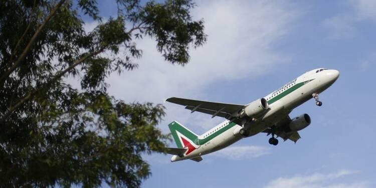 Alitalia et Etihad ont commencé à discuter avec des banques