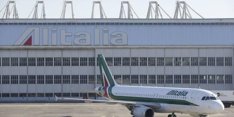 Alitalia finalise ses financements bancaires pour rester à flot