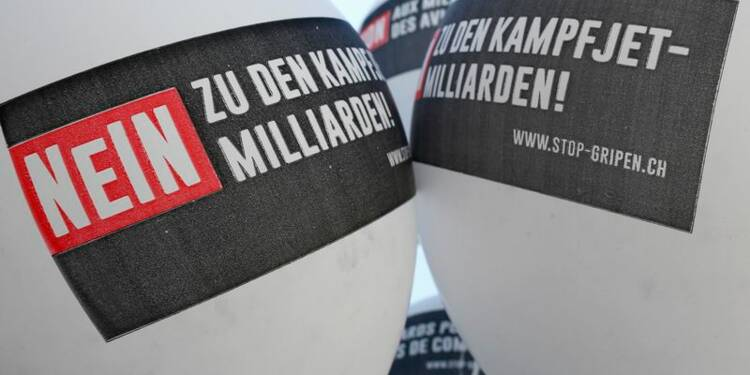 Les électeurs suisses disent non à l'achat de chasseurs Gripen
