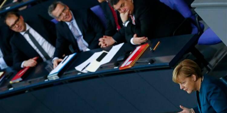 Angela Merkel appelle à une modification des traités européens