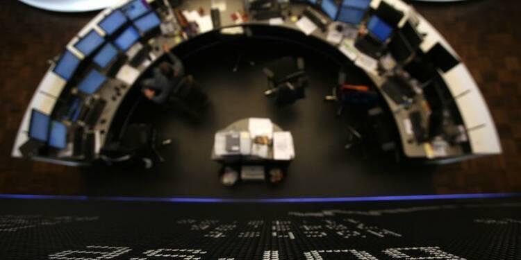 Les Bourses européennes évoluent en baisse à la mi-séance