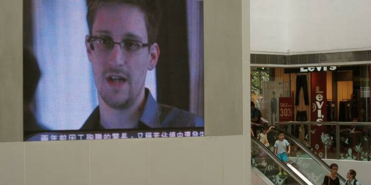 Snowden a le statut de réfugié, a quitté l'aéroport de Moscou