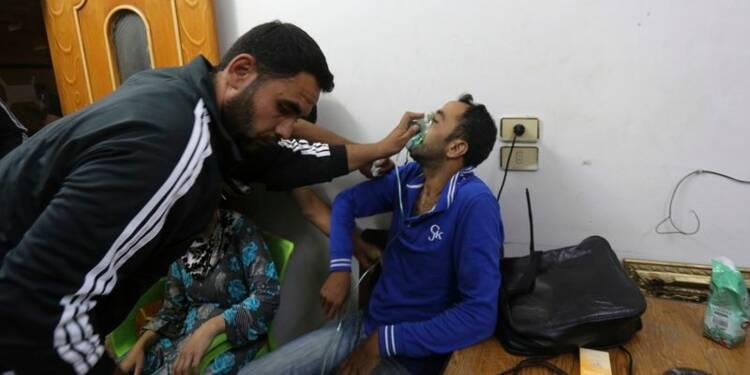 Armes chimiques: Hollande évoque des sanctions contre Damas