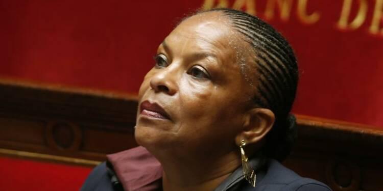 """Christiane Taubira est """"anti-française"""", dit Jean-Marie Le Pen"""
