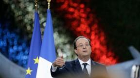 """François Hollande défend la """"périlleuse"""" mission en Centrafrique"""