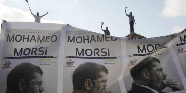 Mohamed Morsi exige que l'armée retire son ultimatum
