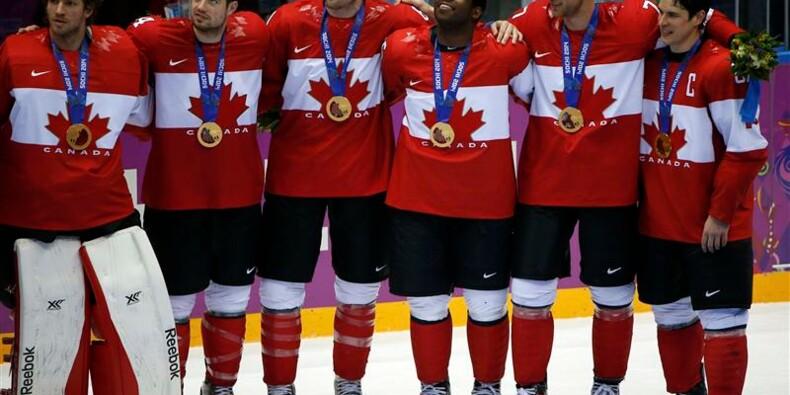 JO: le Canada, médaille d'or de hockey, boucle les compétitions