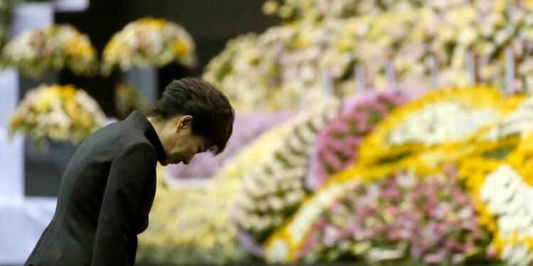 Excuses de la présidente sud-coréenne après le naufrage du Sewol