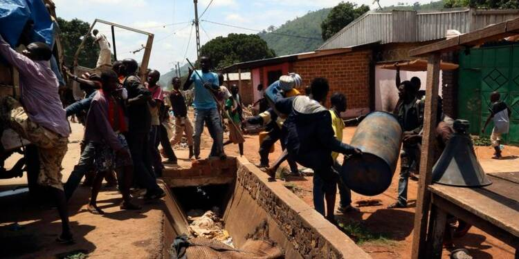 Evacuation de musulmans et pillages à Bangui