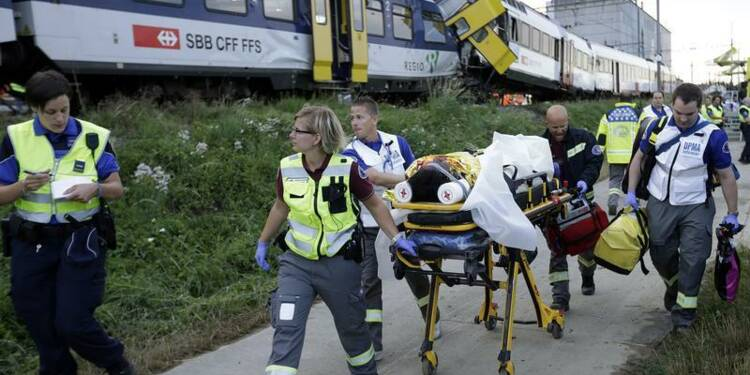 Collision entre deux trains en Suisse, un conducteur tué