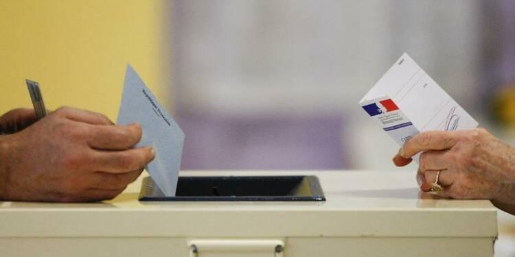 Trois Français sur 10 prêts à voter FN aux municipales