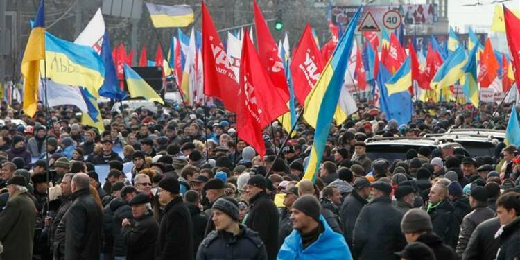 Viktor Ianoukovitch promet de rapprocher Ukraine et UE