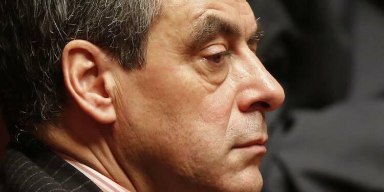 """François Fillon veut """"une thérapie de choc"""" pour l'économie"""
