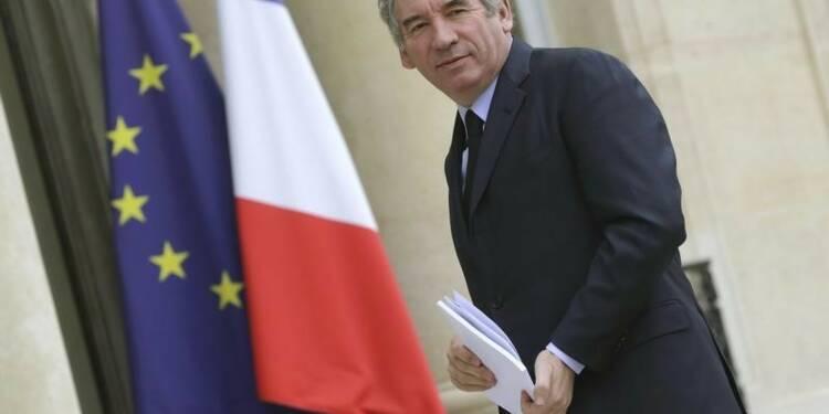 """""""On ne ne peut pas durer trois ans"""" ainsi, dit François Bayrou"""