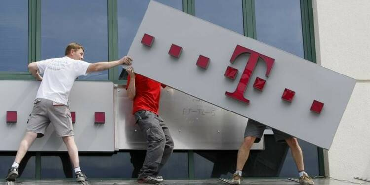 Deutsche Telekom affiche un bénéfice courant en baisse