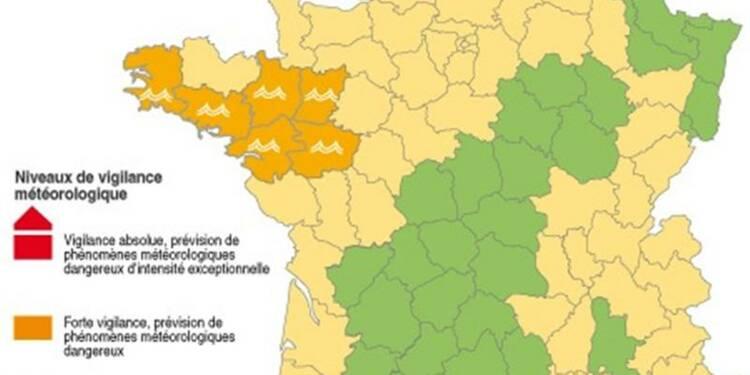 Alerte aux crues dans l'Ouest et avalanches dans les Alpes