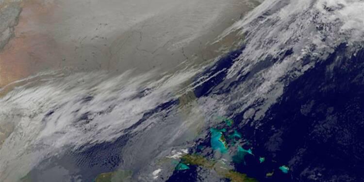 Le froid perturbe toujours le trafic aérien au Canada et aux USA
