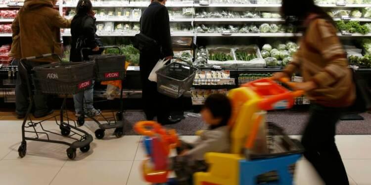 Inflation stable au Japon, les dépenses affectées par le climat