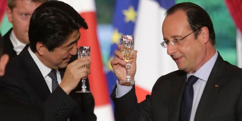 François Hollande reçoit le Premier ministre japonais Shinzo Abe