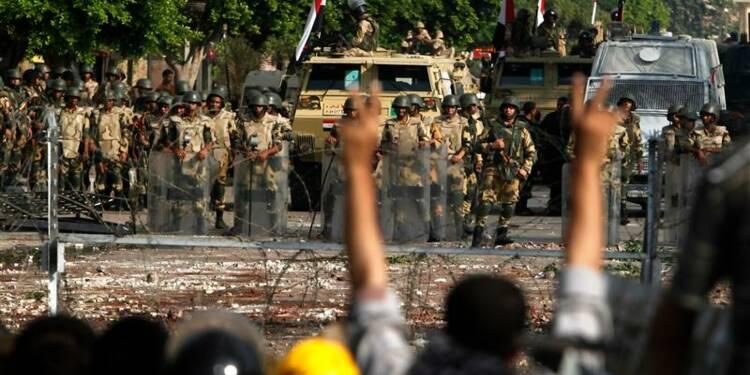 """Les Frères musulmans appellent au """"soulèvement"""" en Egypte"""