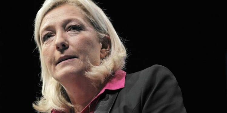 """Marine Le Pen prononce la mort du """"front républicain"""""""