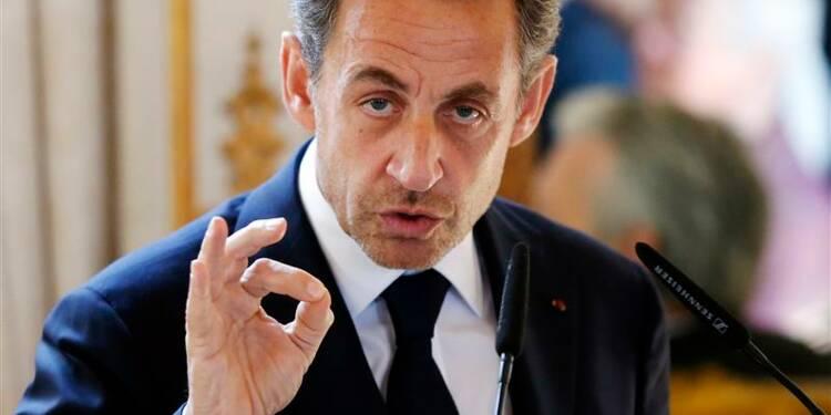 Nicolas Sarkozy suspend son recours dans l'affaire Bettencourt