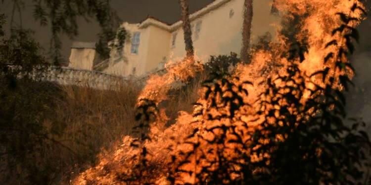 Un feu entraîne l'évacuation d'un millier de Californiens