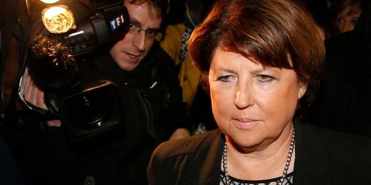 Aubry déjeune avec Hollande et soutient Ayrault
