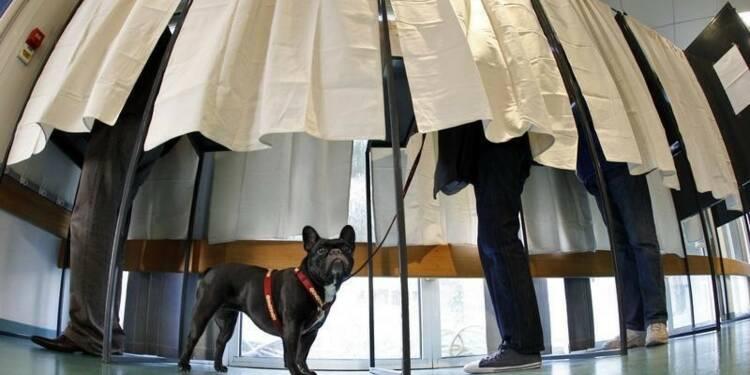 Pour Michel Sapin, l'exécutif devra évoluer après le second tour