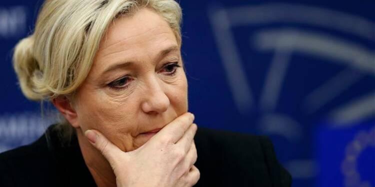 Marine Le Pen voit une dissolution si elle gagne les européennes