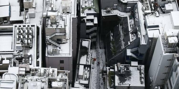Une violente tempête de neige fait onze morts au Japon